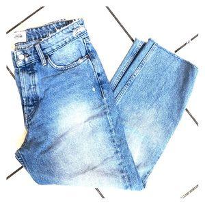 Zara vintage high waisted vintage boyfriend jeans!
